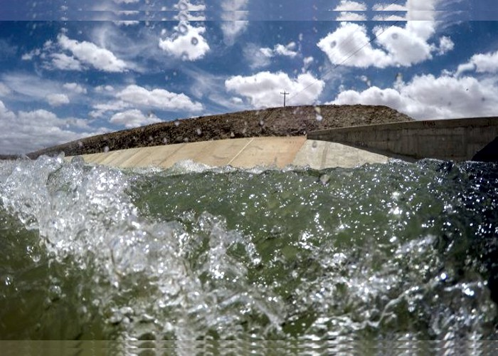 Governo estuda parceria privada na transposição do Rio São Francisco