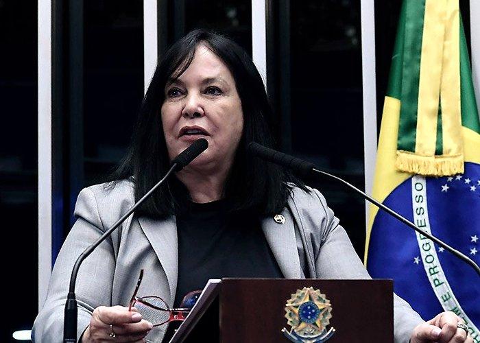 Senadora anuncia PEC para reeleição de Maia e Alcolumbre