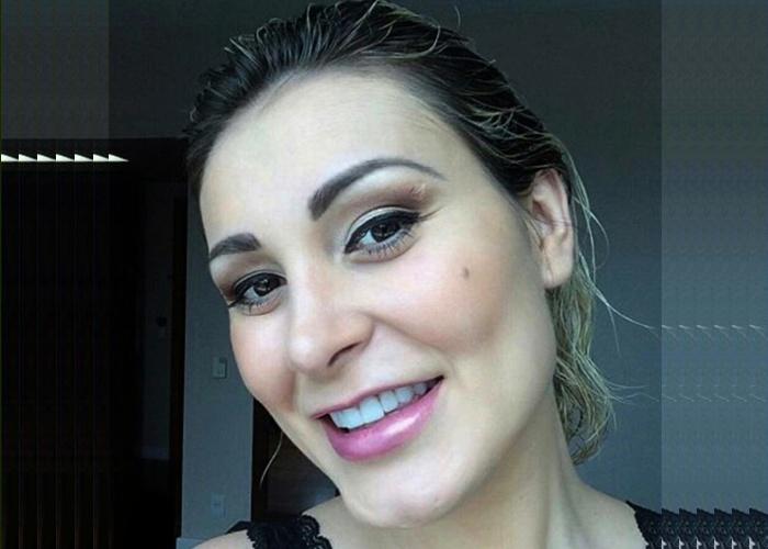 Andressa Urach quer de volta as doações que fez para igreja