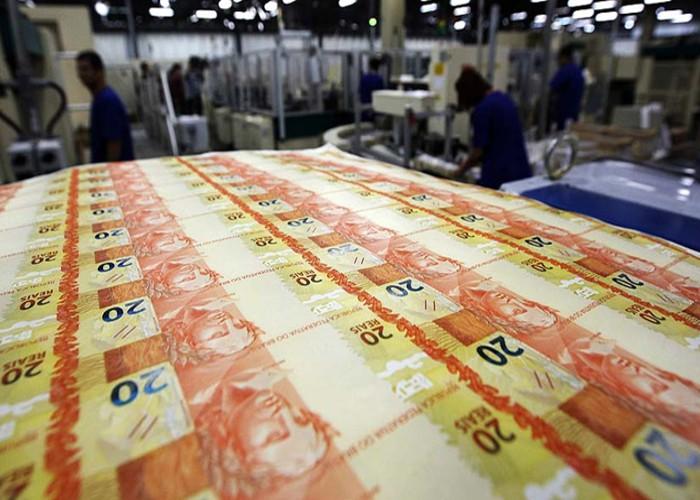 Governo federal estima rombo superior a R$ 900 bilhões nas contas públicas