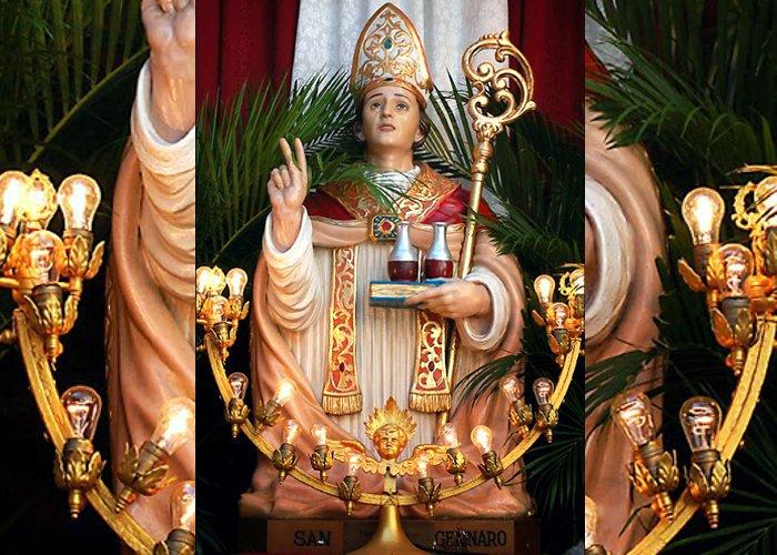 São Januário: Zeloso, bondoso e sábio. O protetor das pestes