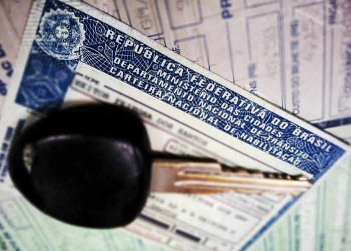 Sancionada lei que aumenta validade da Carteira Nacional de Habilitação