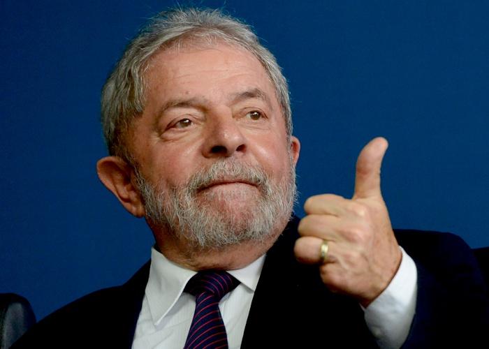 Justiça anula título de doutor de Lula em universidade de Alagoas