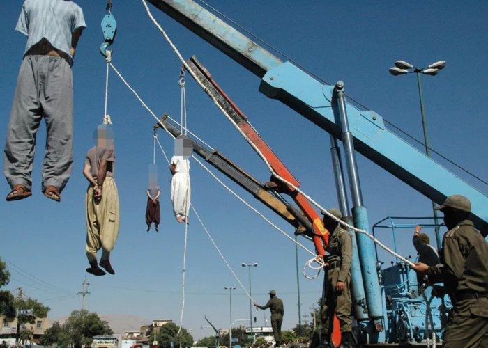 Irã executa lutador por enforcamento