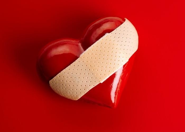 'Síndrome do coração partido' pode causar danos duradouros à saúde, revela estudo
