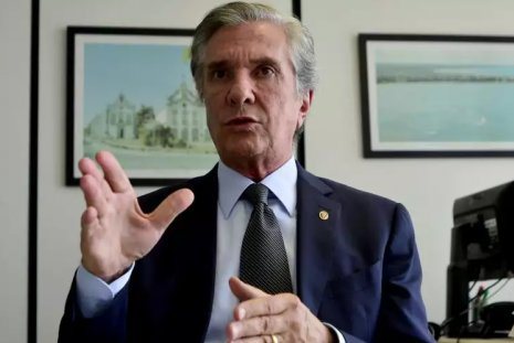 Fernando Collor é alvo de ação da Polícia Federal, suspeito de receber propina