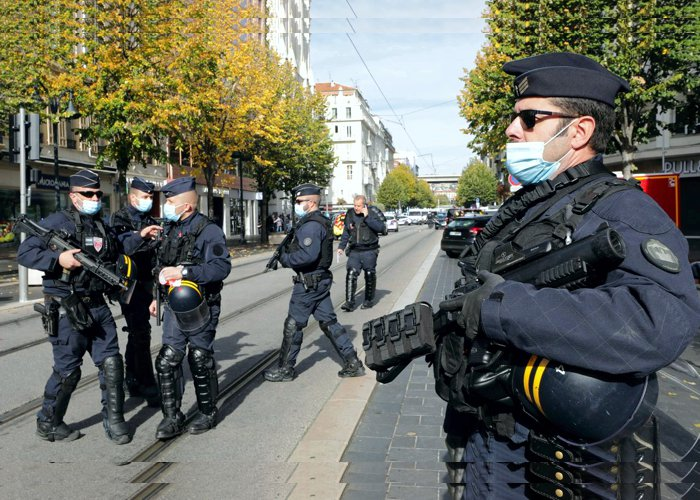Mulher é decapitada em atentando terrorista em Nice, na França