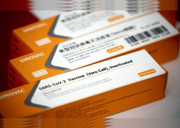Brasil anuncia que vai comprar 46 milhões de doses de CoronaVac